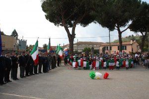 Bandiere in piedi